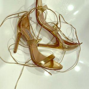 Steve Madden gold tie heels, size 8